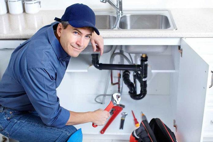 Jak znaleźć dobrego hydraulika