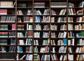 Domowa biblioteczka czyli jak wybrać półkę na książki