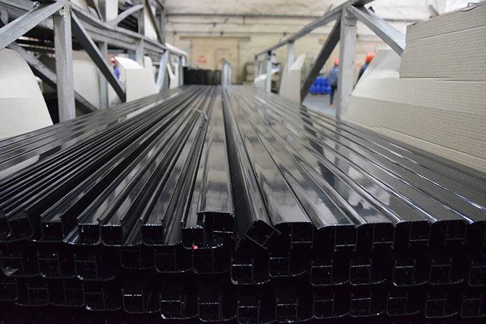 Zalety stosowania profili aluminiowych