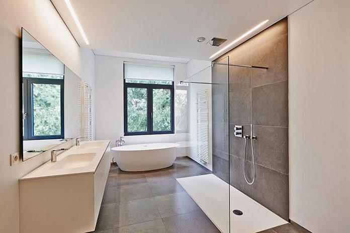 Dobór lustra do łazienki w stylu skandynawskim